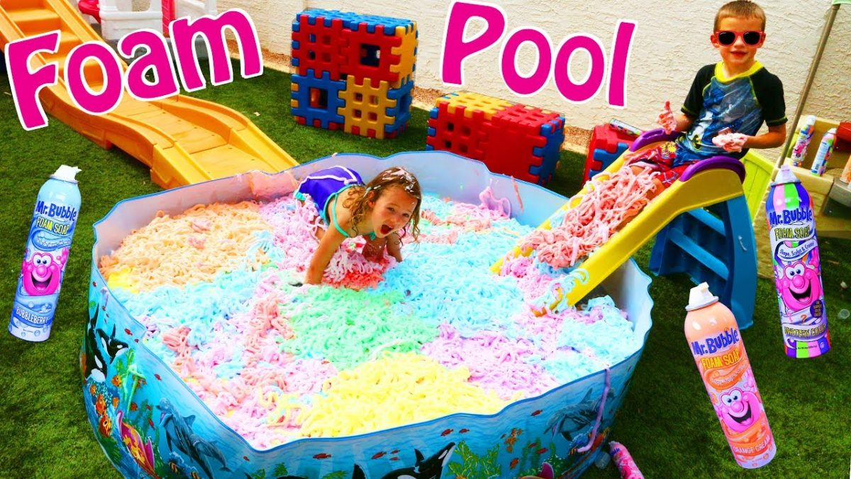SWIMMING POOL FULL OF BATH FOAM! Mr Bubble Rainbow Soap Shaving Cream Water Slide & Roller Coaster