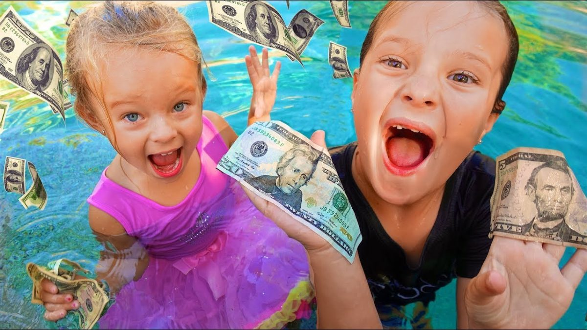 SISTERS SWIMMING IN POOL FILLED WITH MONEY! 💰