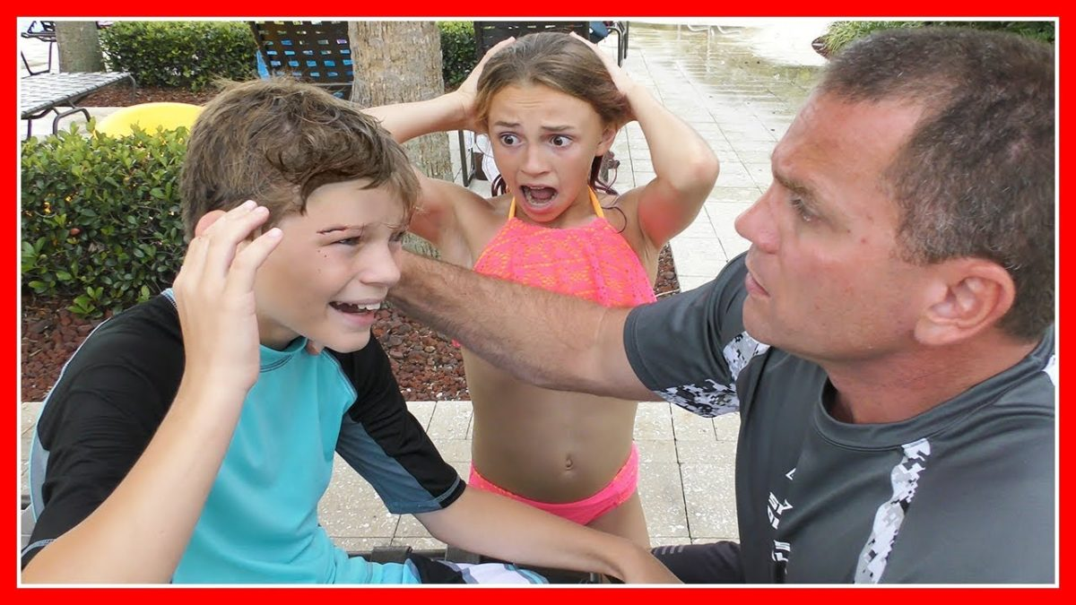 😱SWIMMING POOL PRANK😱| We Are The Davises