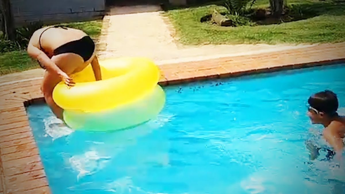 Pool Fails 😂 🏊 Funny Swimming Pool Fails [Epic Life]